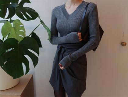 MM v-neck knit