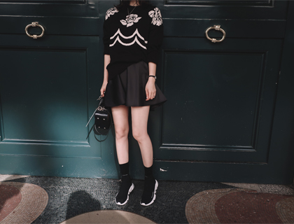 Glossy hulmini skirt
