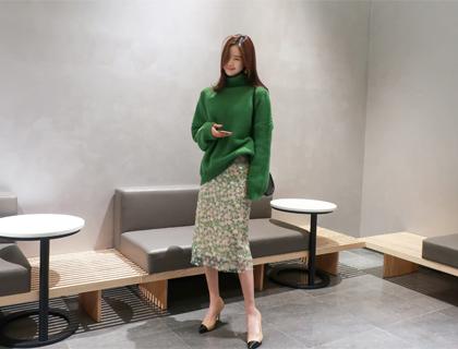 Blossom spangle skirt