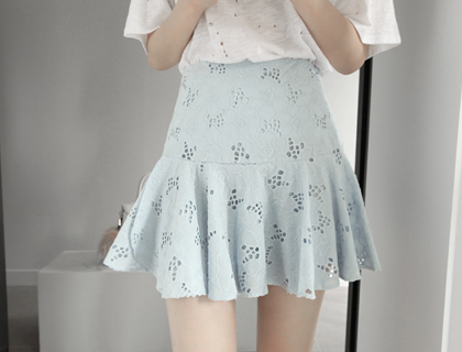 Flowery embro skirt