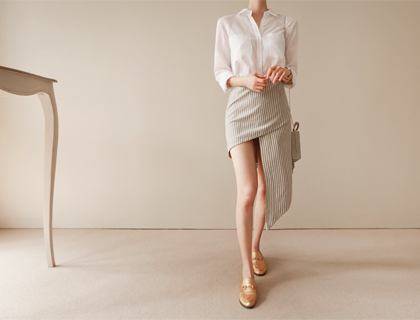 Coil stripe skirt