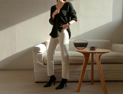 Levi cream pants