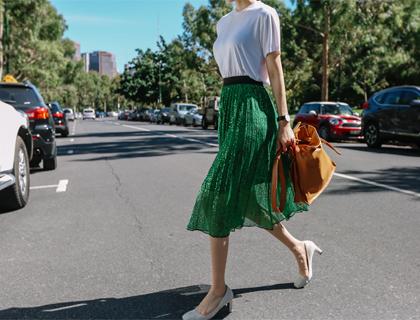 Spangle pleats skirt