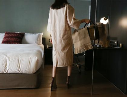 Pocket-v dress