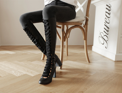 Lace up long boots ♩