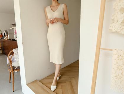 EL v-neck dress