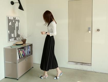 Jade pleats skirt