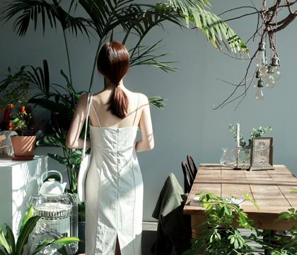 Frida sleeveless dress