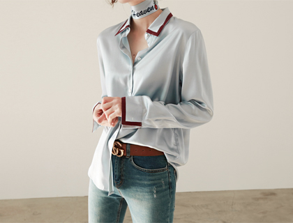 Lettering scarf blouse