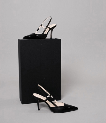 Sling back heel (black) ♩