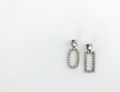 Circle-square cubic earring