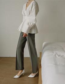 Wool pintuck pants