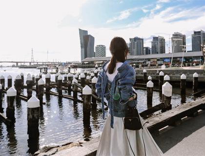 Back-corset denim jacket
