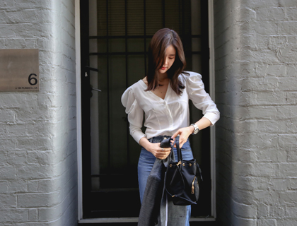 V-puff blouse