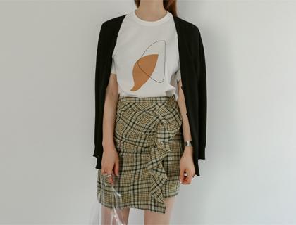 Check ruffle skirt