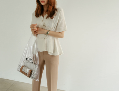 Onion pintuck blouse