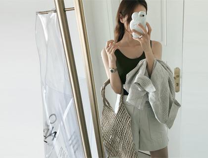 Basic linen sleeveless