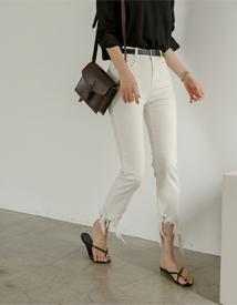 Guje white pants