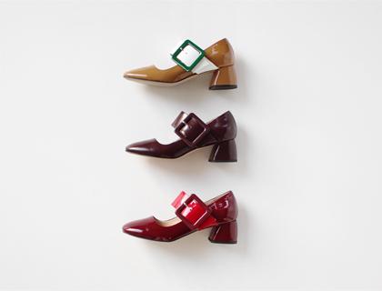 724 buckle heel ♩