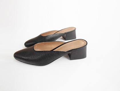 Lizard mule sandal ♩