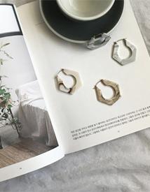 Hexagon marble earring