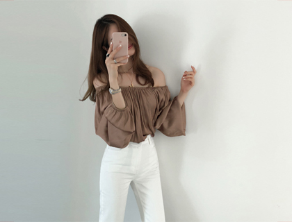 Noff shirring blouse