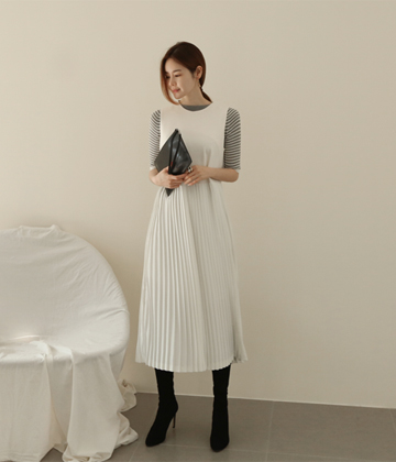 Ponta pleats dress