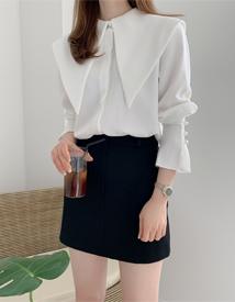 Big collar blouse