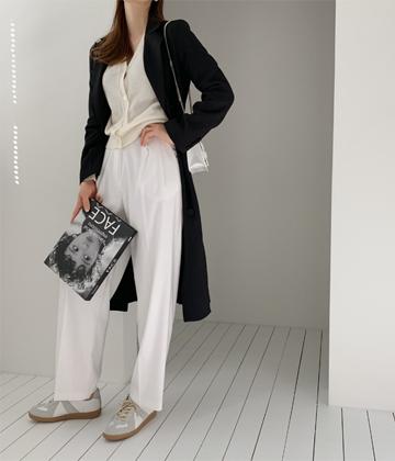 Two-tuck pants