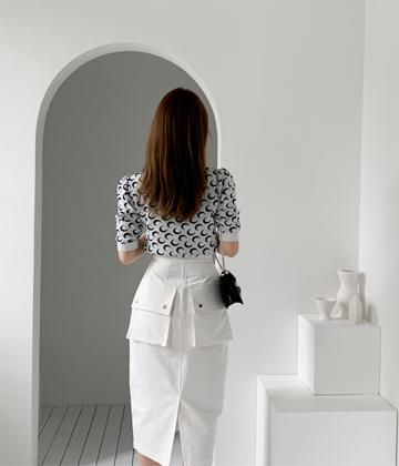 Snap button skirt