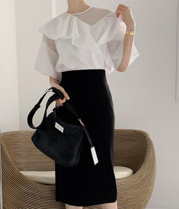 Schino frill blouse
