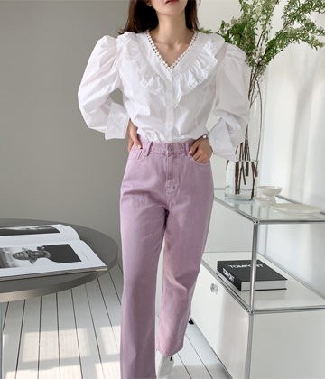 Touch puff blouse
