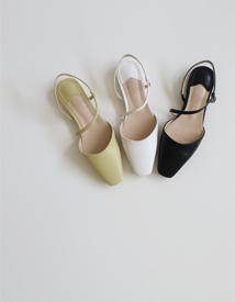 Parfe strap sandal