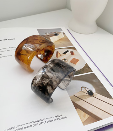 Hormica marble bangle