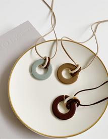 Latte marble necklace