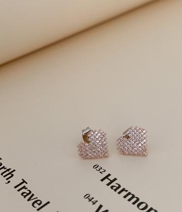 Heart cubic earring