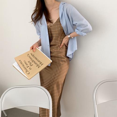 Graceful dot dress