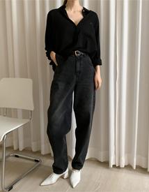 Cosy black denim pants