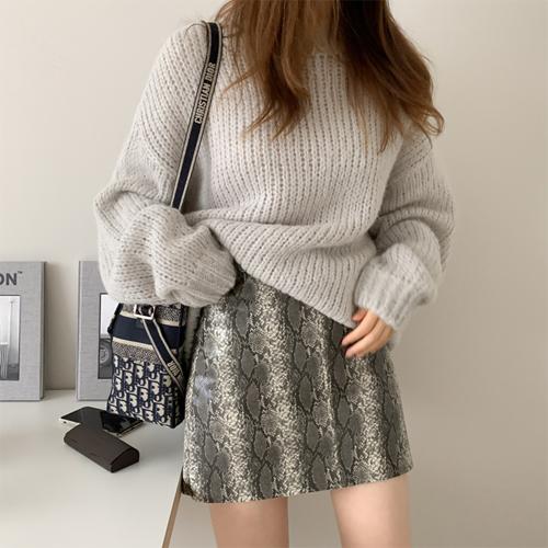 Gauge alpaca knit