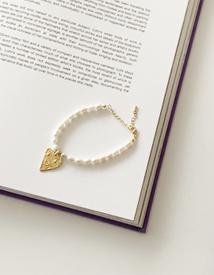 Heart pearl bracelet