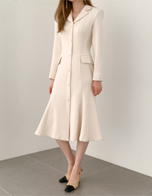 Womanly line dress