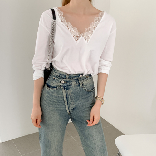 Lace daily tee