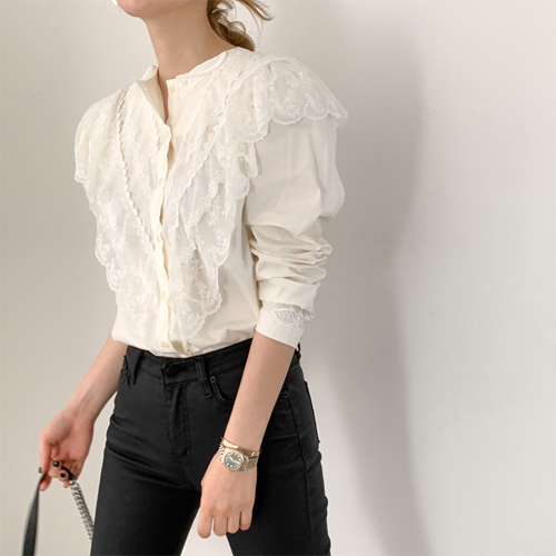 Moritz lace blouse