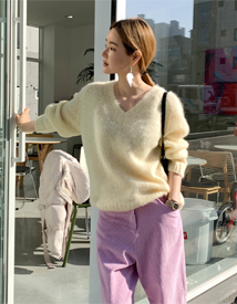 Anna v-neck knit