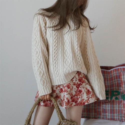 Twist wool knit