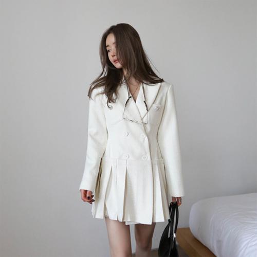 Pleats jacket dress