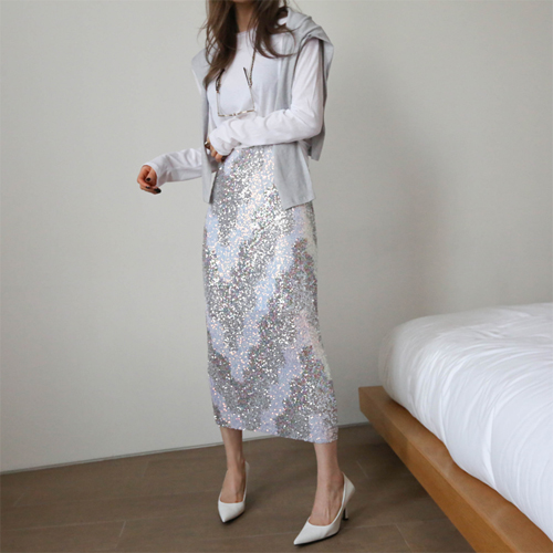 Spangle long skirt