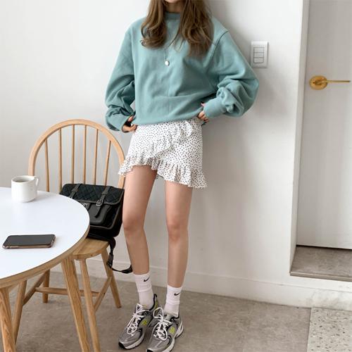 Corner dot skirt