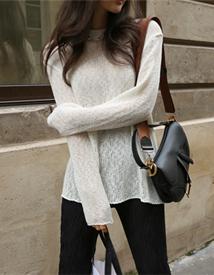 Base round knit