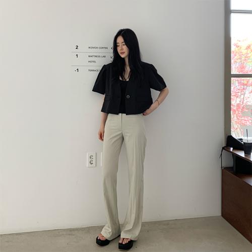 Cool boots-cut pants